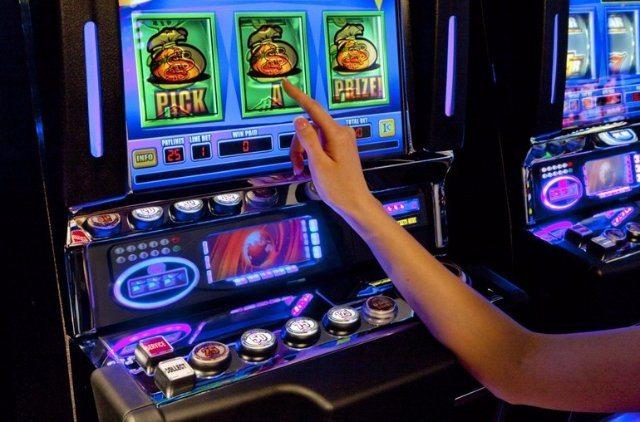 Надежное казино Чемпион с коллекцией отборных игровых автоматов