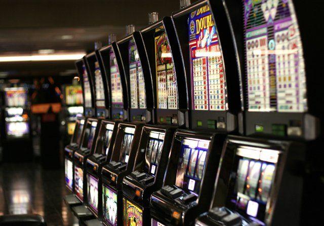 Играем онлайн в казино Вулкан бит!