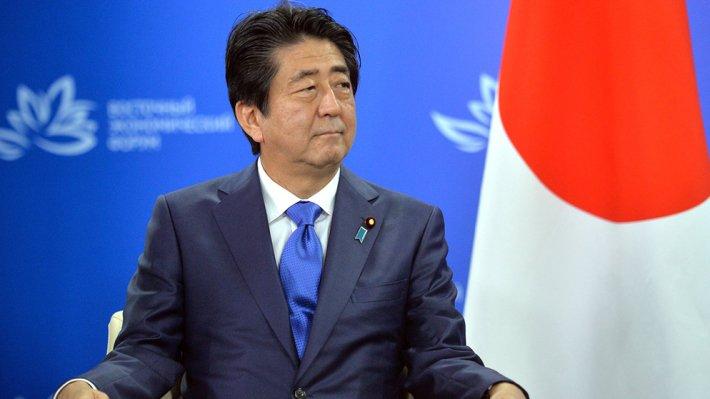 Абэ объявил орешимости уладить вопрос овозвращении Курил