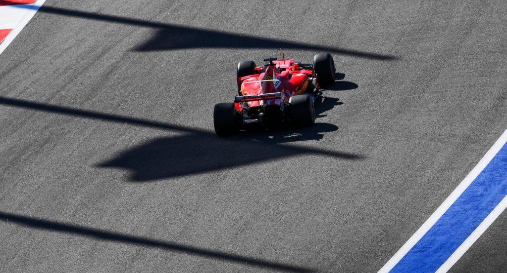 Гонщик «Феррари» Феттель одержал победу квалификацию Гран-при Мексики