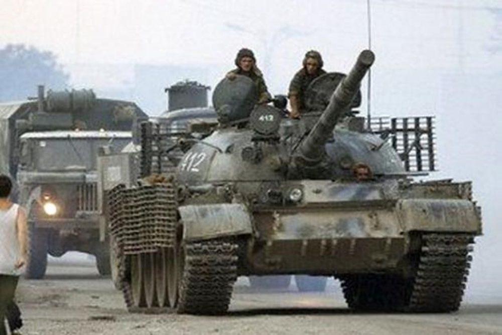 Боевики стягивают кДонецку танки иБМП— Отчет ОБСЕ