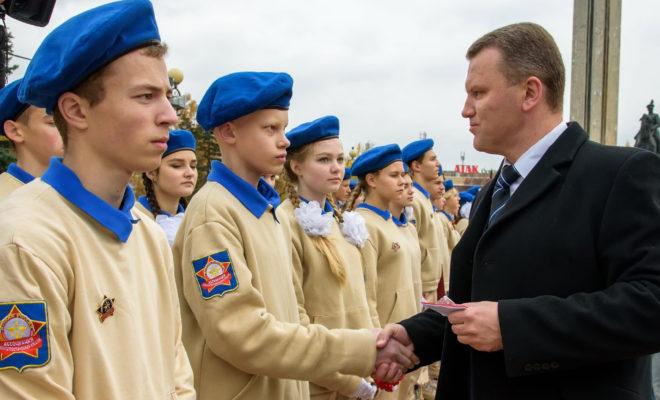 На 46 юнармейцев в Калуге стало больше