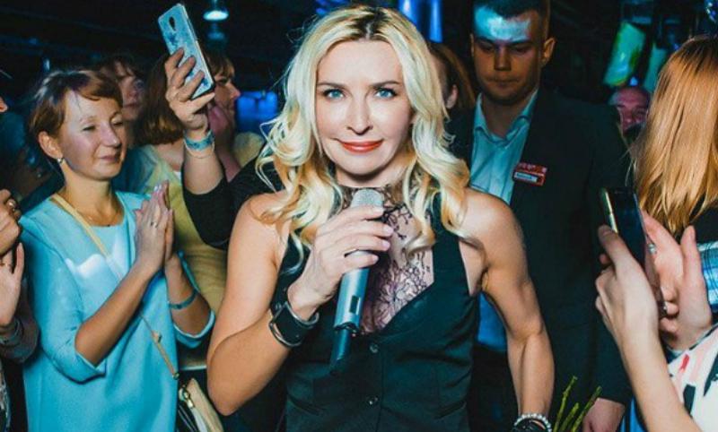 Фанаты пришли вужас отнеестественного лица Татьяны Овсиенко