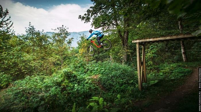 Вгорах Сочи пройдет завершающая велогонка сезона— «Gorky Downhill Cup 2017»