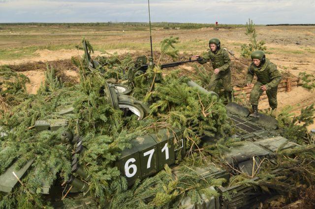 Шойгу объявил, что научениях «Запад-2017» отрабатывалась тактика уничтожения боевиковИГ