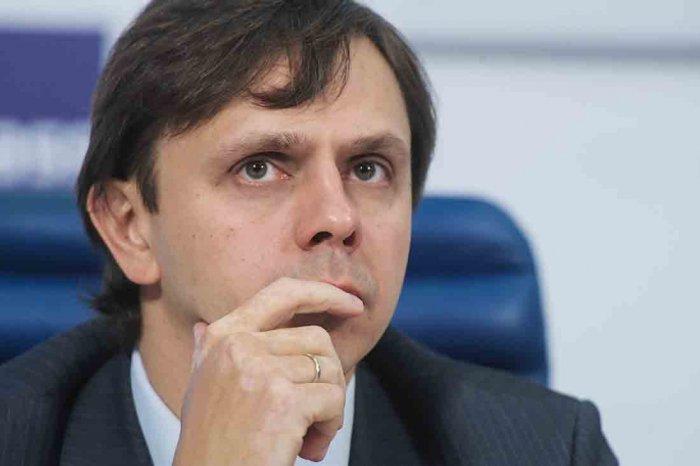 Насвою беспомощность сетует единороссам врио губернатора Орловской области