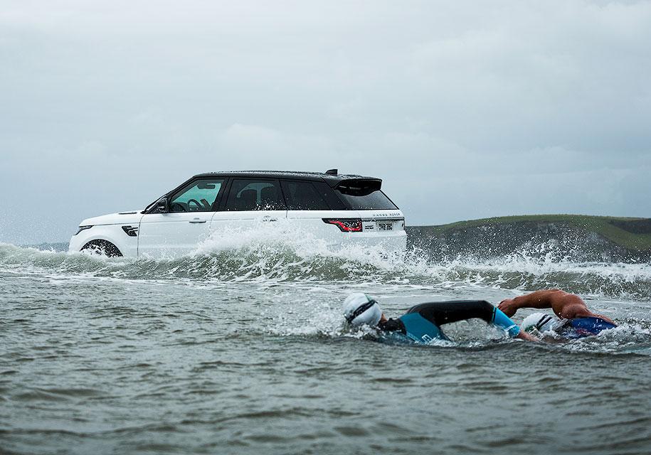 Улучшенный Range Rover Sport стал гибридом