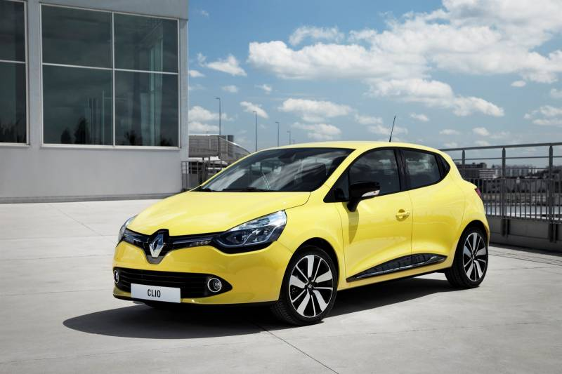 Рено Clio снабдят электрическим мотором ибеспилотными разработками