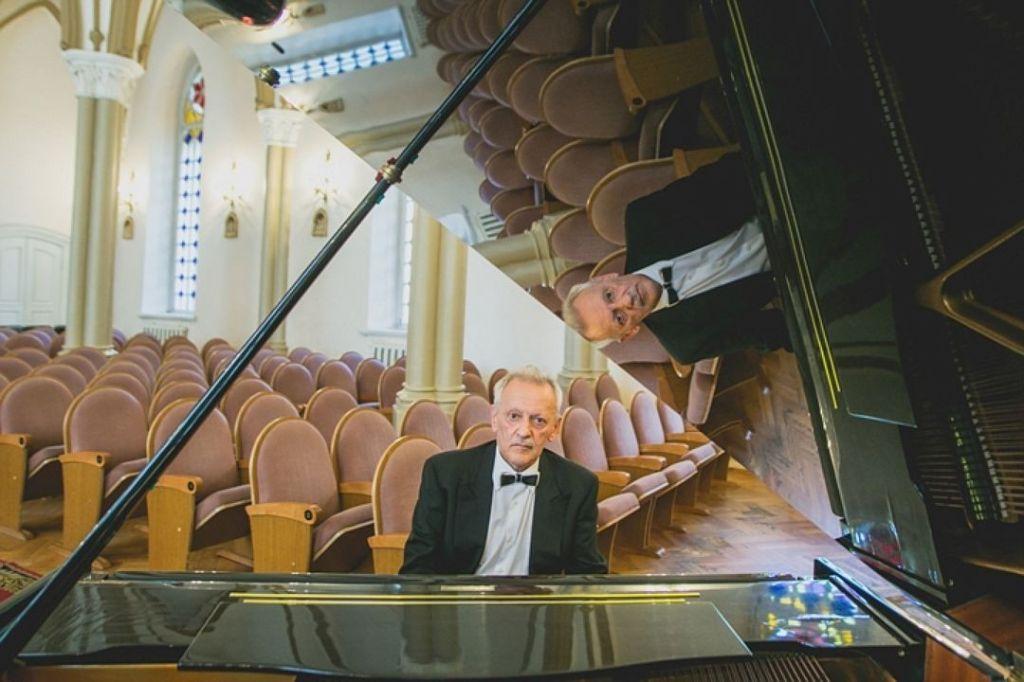 СКпроверяет информацию осмерти пианиста вИркутске из-за опоздания «скорой»
