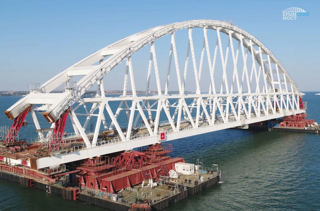 ВКерченском проливе преждевременно открыли движение судов