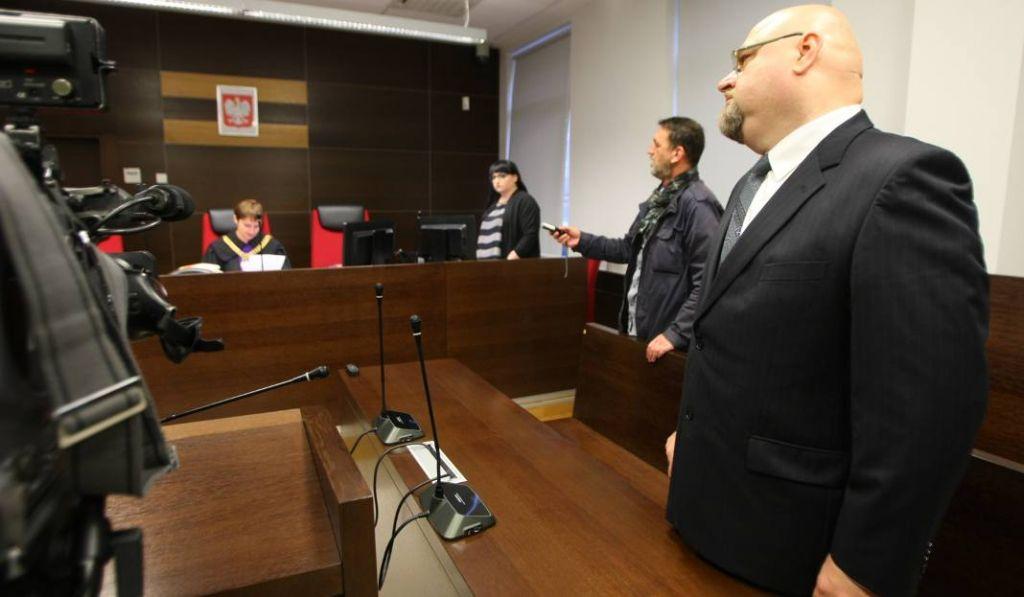 ВПольше оштрафовали националиста, который кричал про «убийц украинцев» вшколе