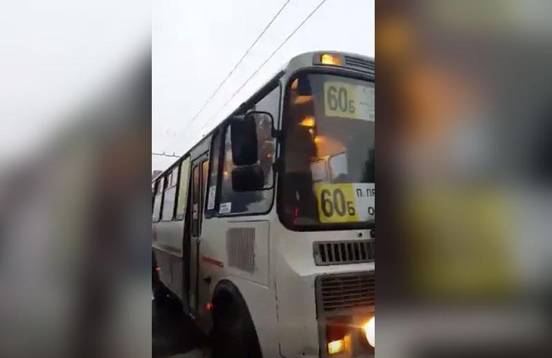 ВВоронеже шофёр маршрутки подрался спассажиром— свидетели