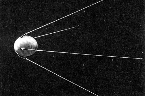 Омские ракетостроители отмечают 60-летие вывода наорбиту первого искусственного спутника