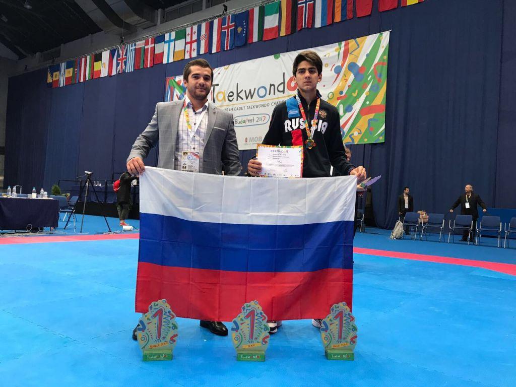 «Золото» Амрана Лиева вывело сборную РФ навысшую ступень пьедестала
