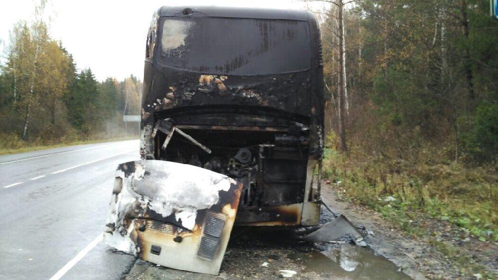 Спасенных 29 детей из сгоревшего автобуса везли в сопровождении полицейских