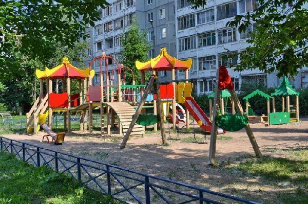 Две тысячи дворов благоустроят за 5 лет в Калуге