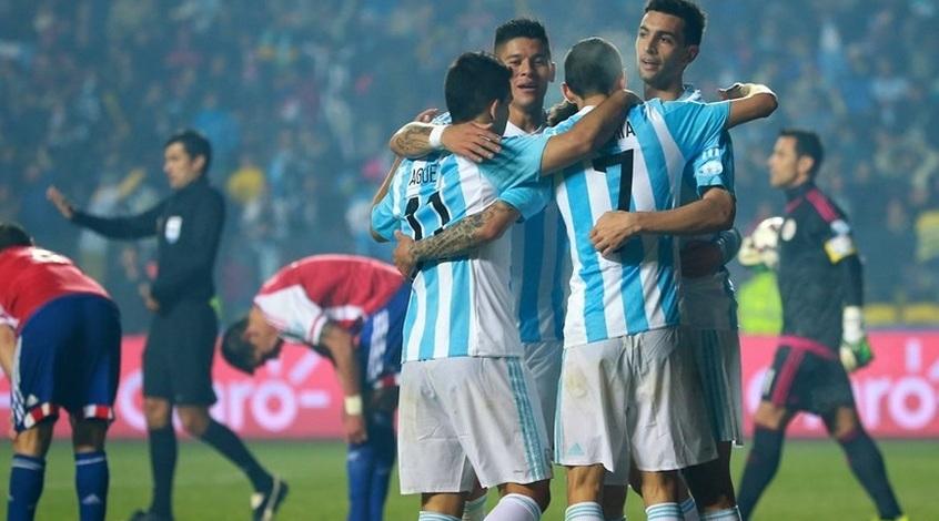 Группа U2 отложила начало концерта из-за матча Аргентины вотборочном турниреЧМ