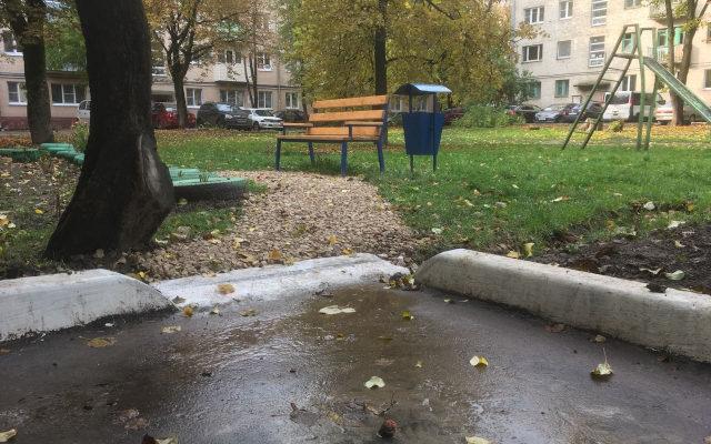После благоустройства детских площадок их потребовалось отремонтировать