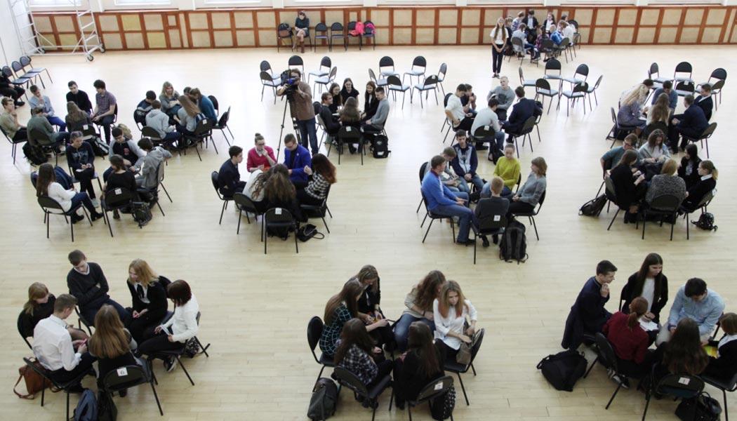 Школьники-эрудиты блистали на калужском чемпионате по игре «Что? Где? Когда?»