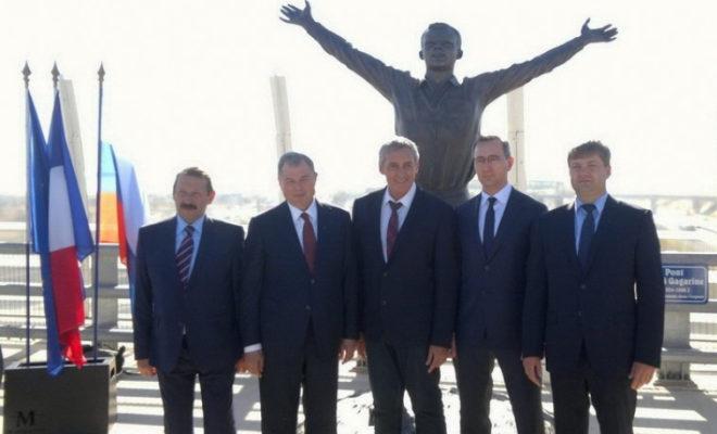 Калужская делегация участвовала в открытии памятника первому космонавту планеты Юрию Гагарину во французском Монпелье