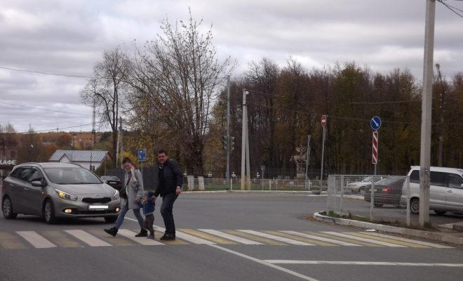 120 пешеходов-экстремалов попались дорожному патрулю