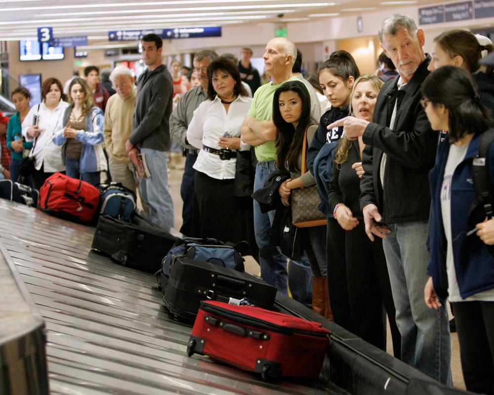 Совет: как всегда получать багаж вчисле первых?