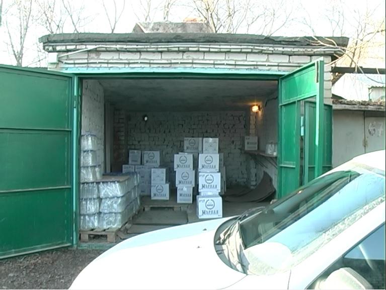 Вгараже вСамарской области прятали 14 тыс. литров поддельного алкоголя