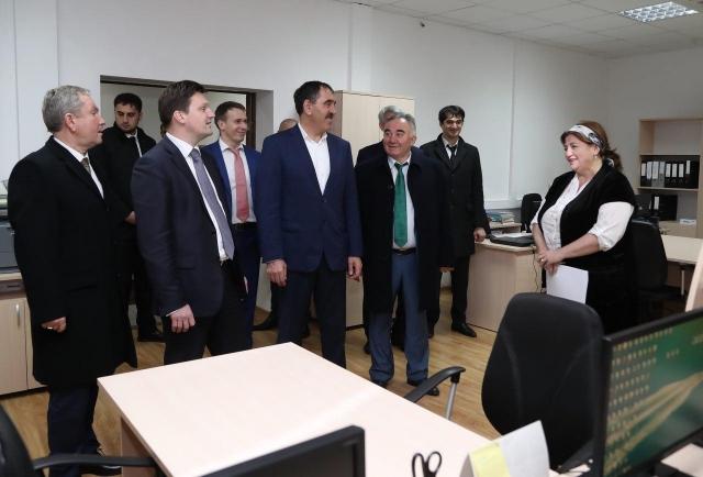 Евкуров иПодгузов открыли новейшую почту вАли-Юрте