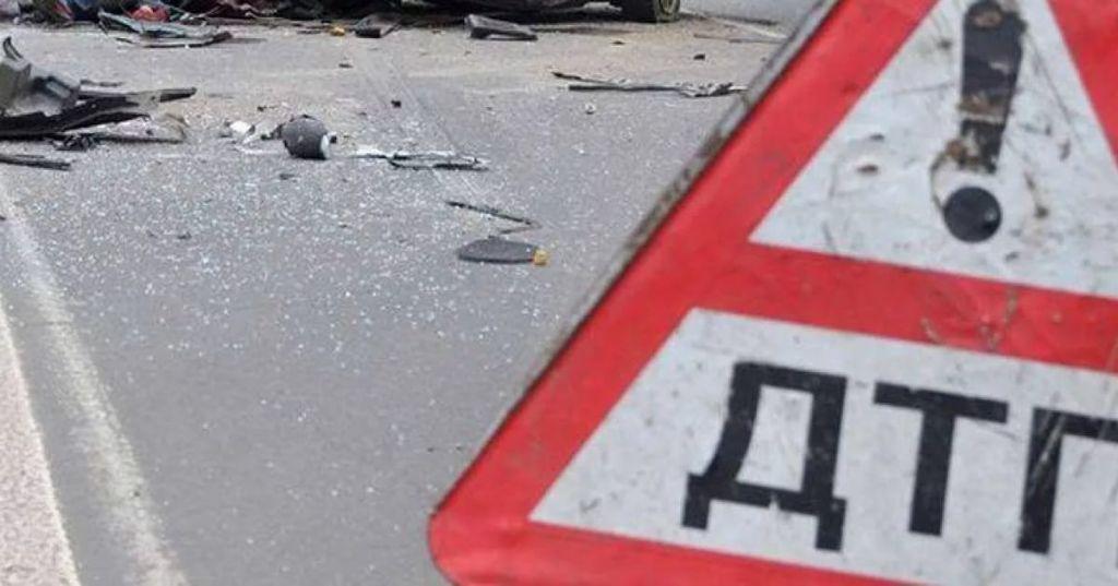 Иностранная машина врезалась вэкскаватор вКарелии— двое мертвы