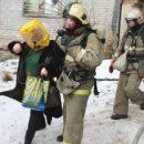 Изгорящего многоквартирника вЕкатеринбурге эвакуировали 150 человек