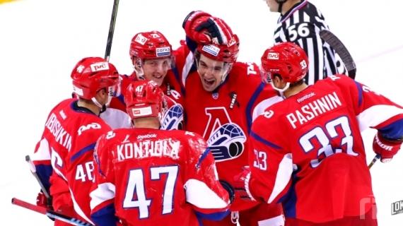 «Локомотив» обыграл «Адмирал» ввыездном матче КХЛ