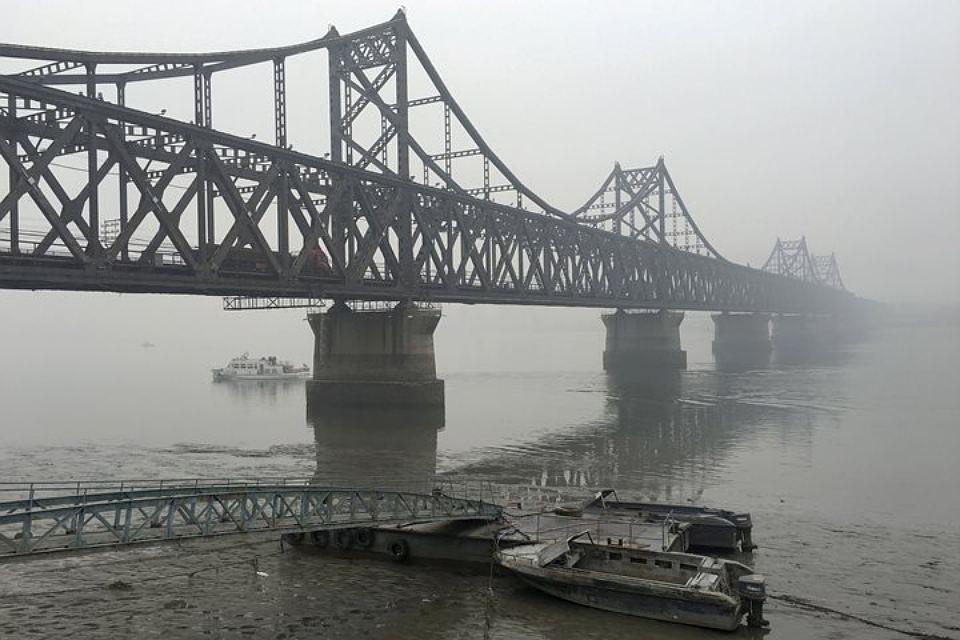 КНР закрыл «мост дружбы» между городом Даньдун иКНДР