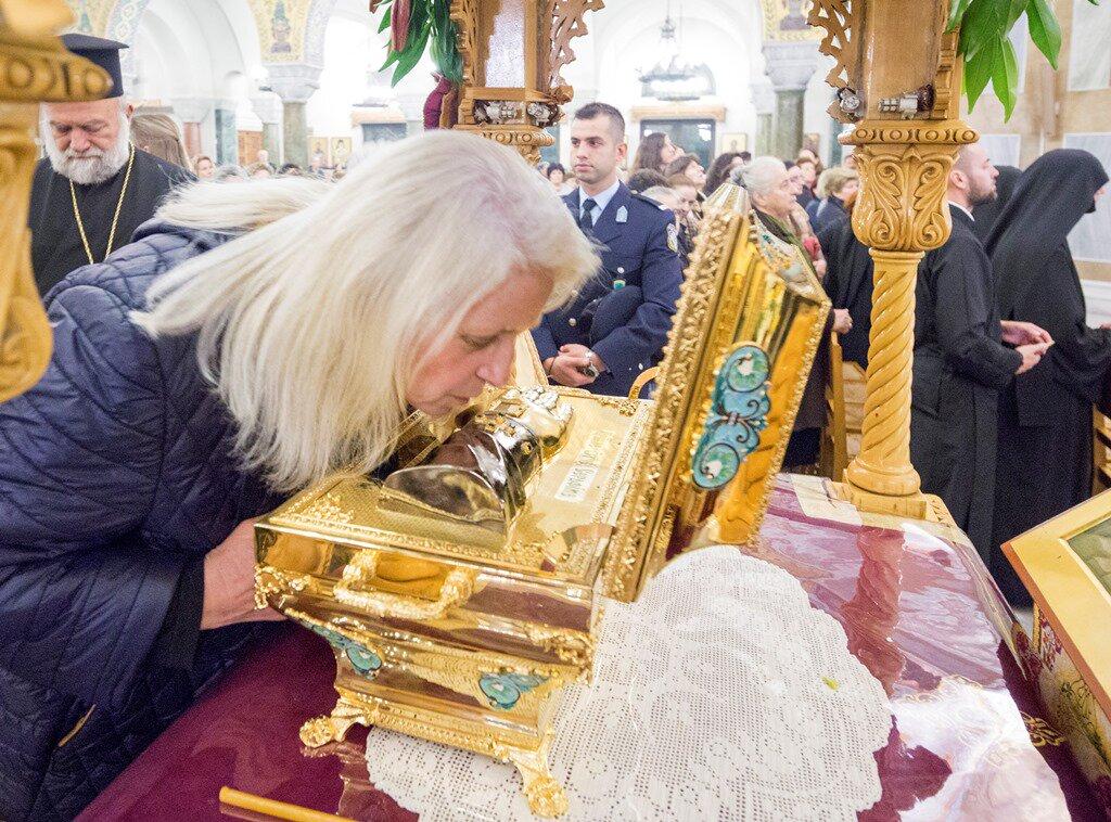 Началось принесение частицы мощей преподобного Серафима Саровского вГрецию