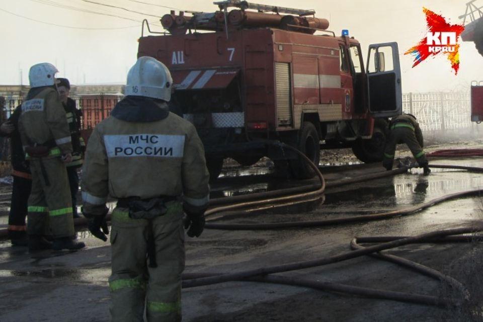 Напожаре вцентре Казани работники МЧС спасли 6 человек