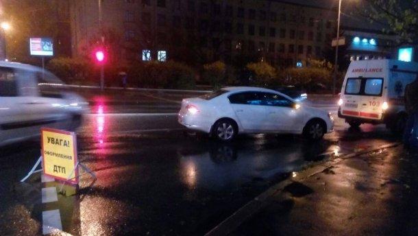 Вцентре украинской столицы авто дипломатаРФ сбило женщину