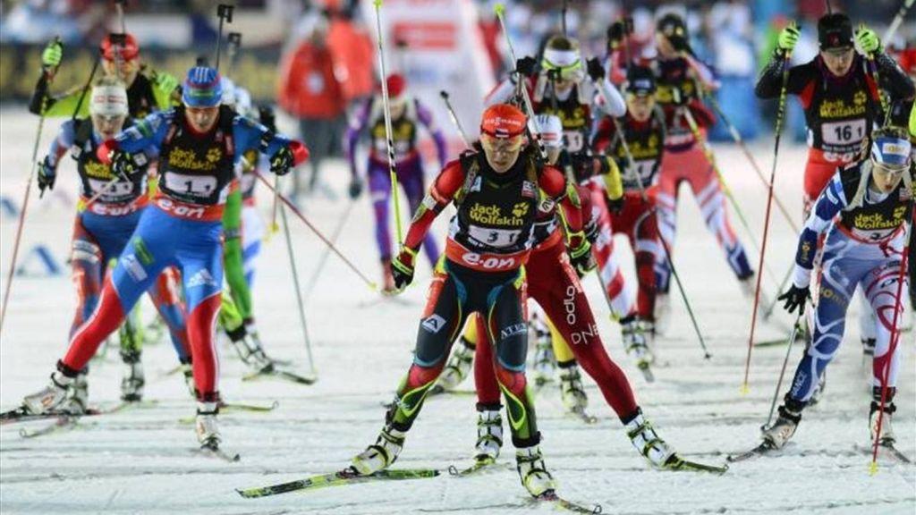 Три украинки попали в 10-ку напервом старте сезона— Биатлон
