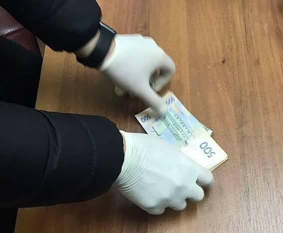 ВОдесской области обвинителя словили «нагорячем» при получении 500 долларов взятки