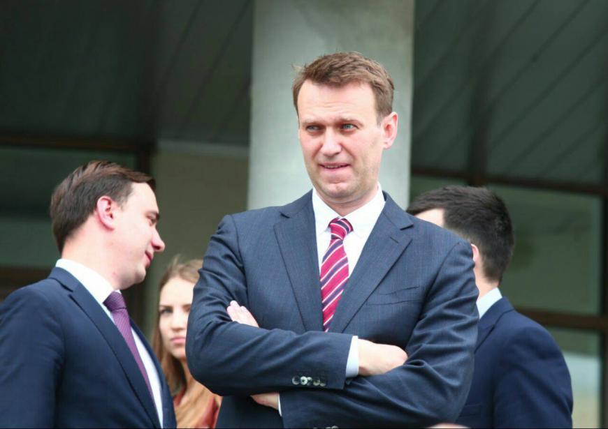 ВоВладимире навстречу сНавальным собрались 400 человек