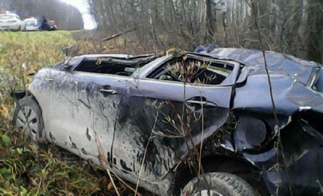Автомобиль «Киа» съехал в кювет и перевернулся в Сухиничском районе
