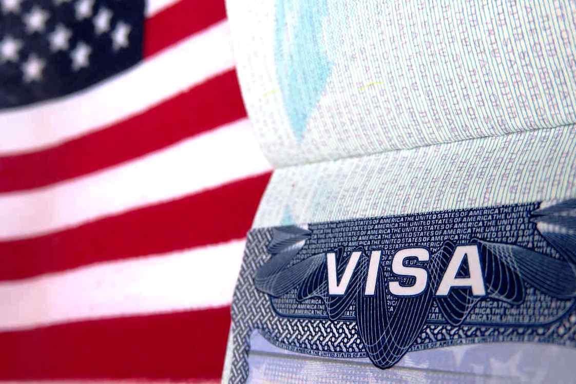 Консульства США вРоссии возобновили выдачу повторных виз