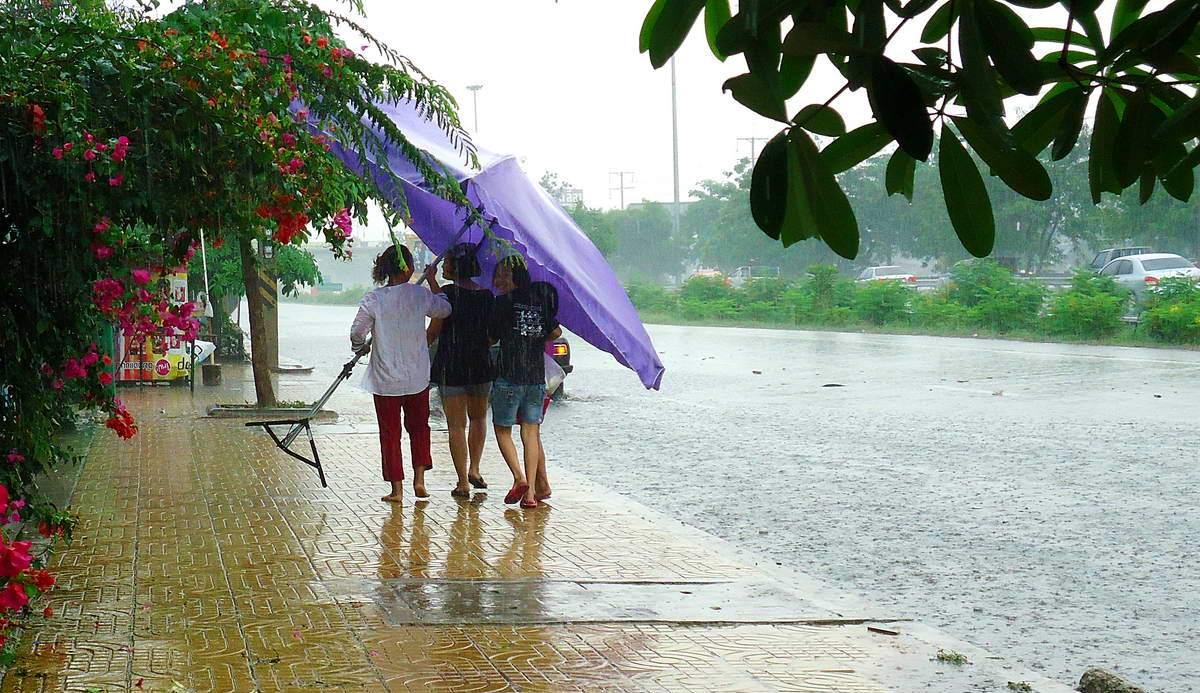 НаПхукет движется мощный циклон