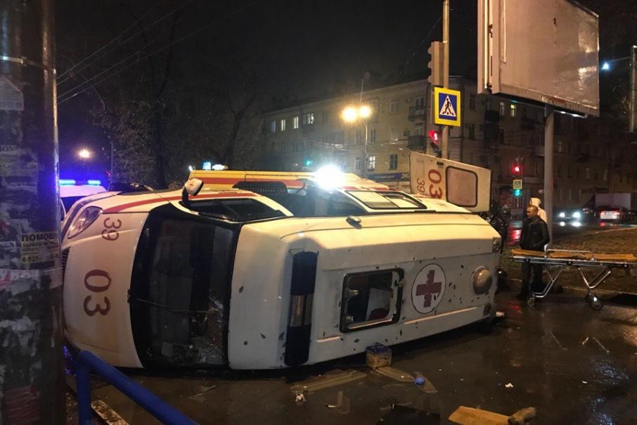 ВЧелябинске шофёр иномарки сбил двоих пешеходов. Погибла женщина