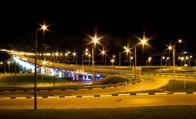 Короткие зимние дни компенсирует свет 18 тысяч фонарей в Калуге