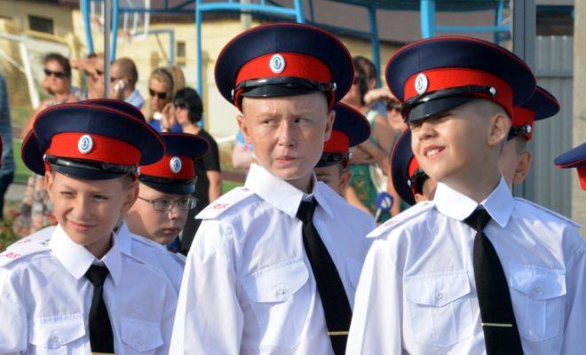 Калужские полицейские готовят будущих коллег с детства
