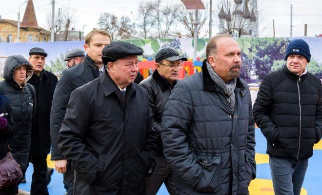 Михаил Мень познакомился с ходом реализации федерального приоритетного проекта «Формирование комфортной городской среды» в Калужской области