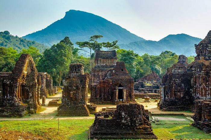 Travel СМИ познакомят с5 направлениями Вьетнама