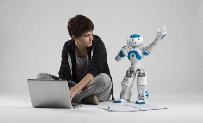 Для школьников создадут сеть центров технического творчества
