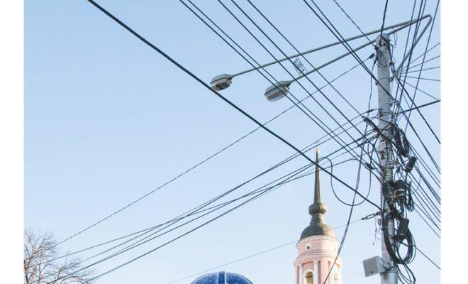 Провода на Кирова появляются в нарушение правил благоустройства Калуги