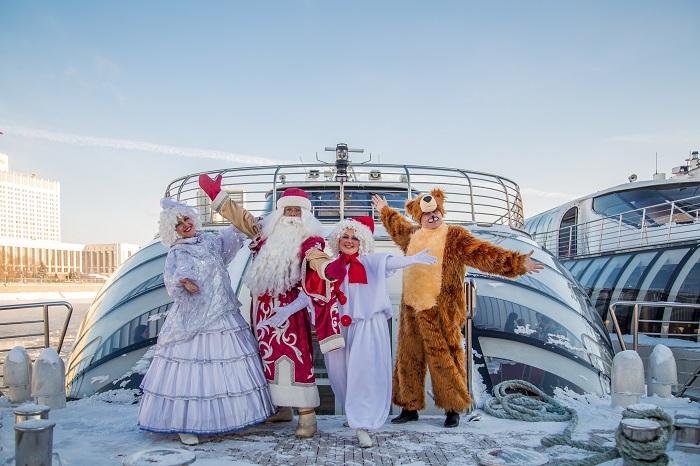 Новый год наборту яхт Флотилии «Рэдиссон Ройал»
