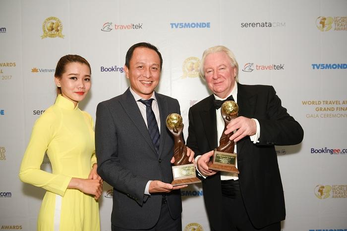 Vietnam Airlines получила две престижные награды